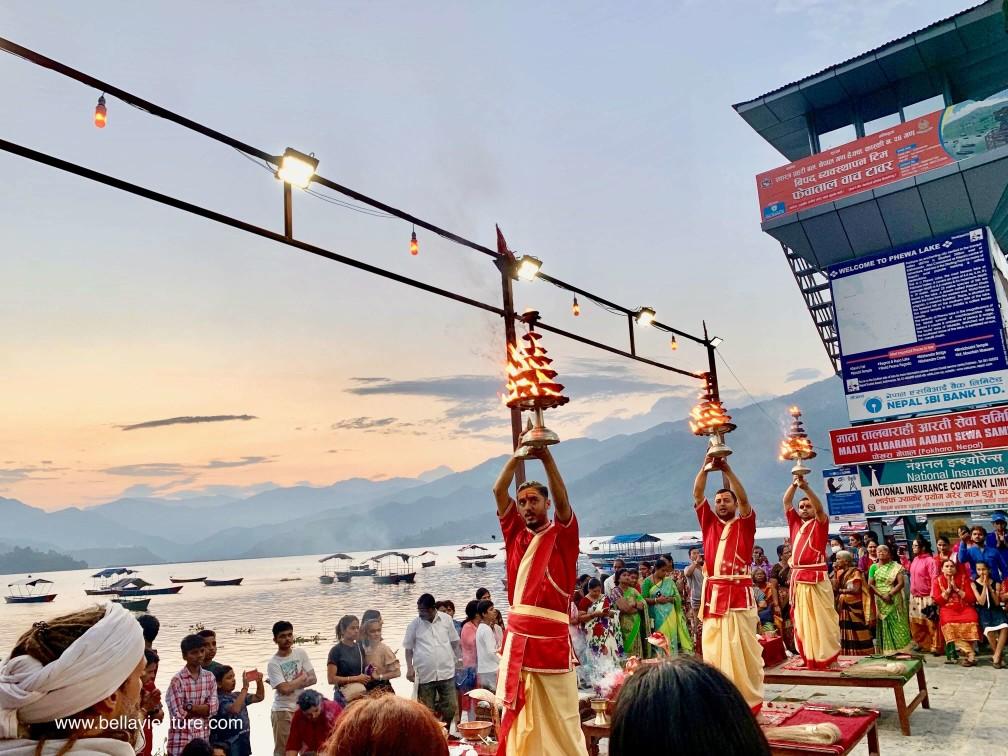 【印度】21天秒決定到印度兩個月!尼泊爾(六)Day12 波卡拉-不用到恆河就可以看夜祭!(圖多)