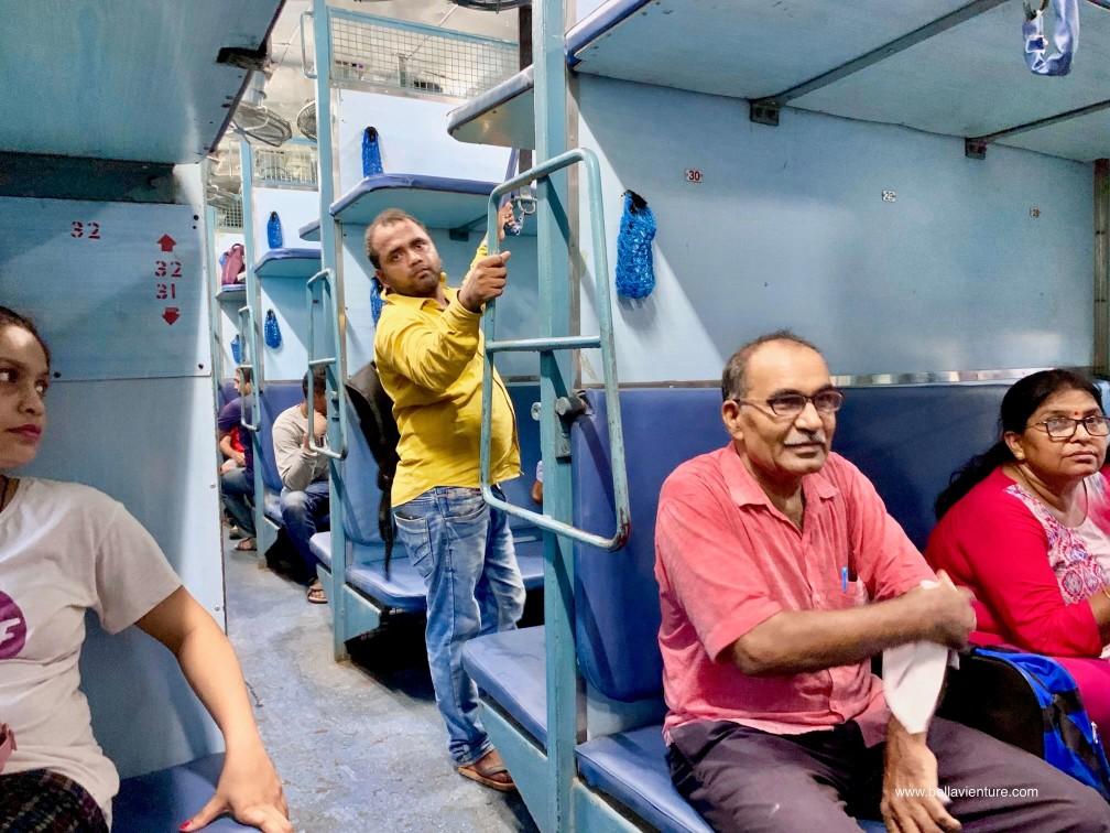 印度 india 瓦拉納西  varanasi 恆河 ganga  火車 sleeper