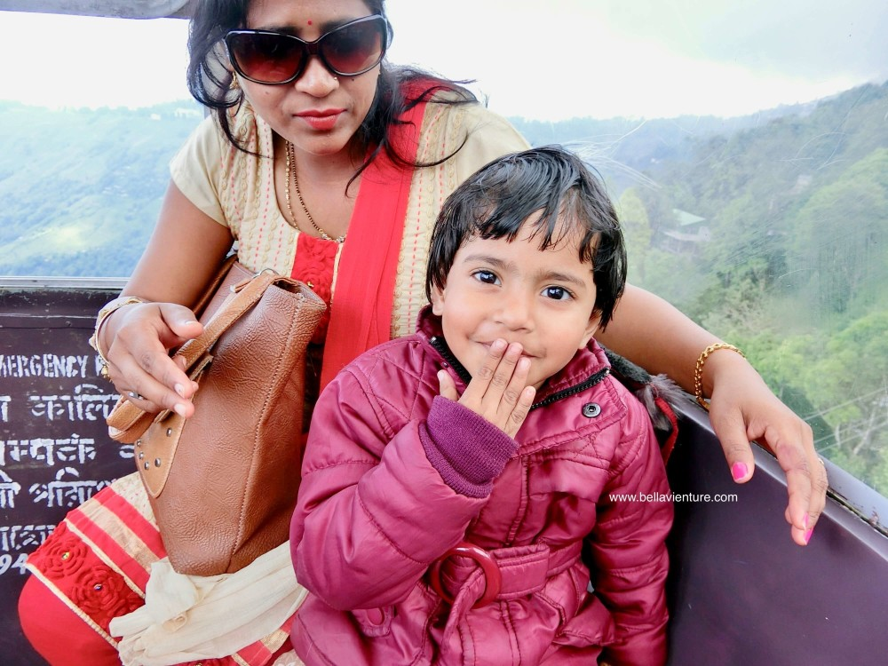 印度 大吉嶺 Darjeeling Rangeet Valley Passenger Ropeway 纜車 印度小女孩