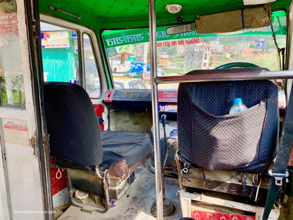 尼泊爾 加德滿都 Chandragiri Cable Car local bus