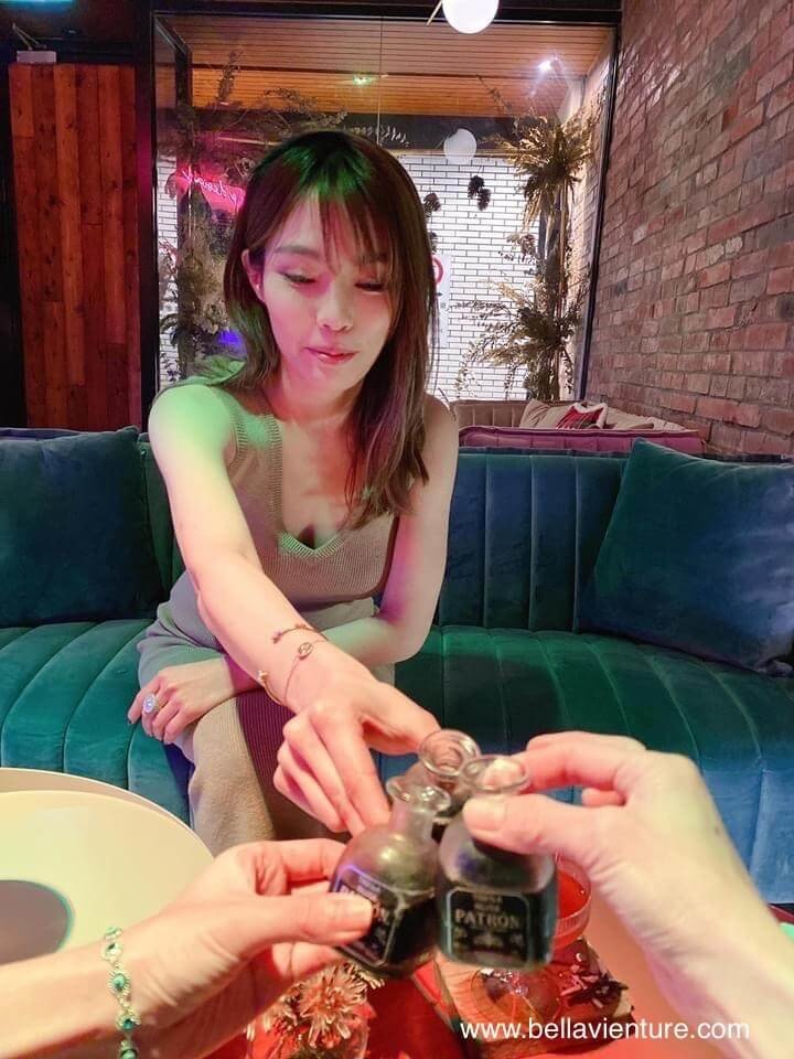 台北 信義區 She_Design TAPAS SOJU BAR Take A Shot  (Patron XO cafe 4 shot)