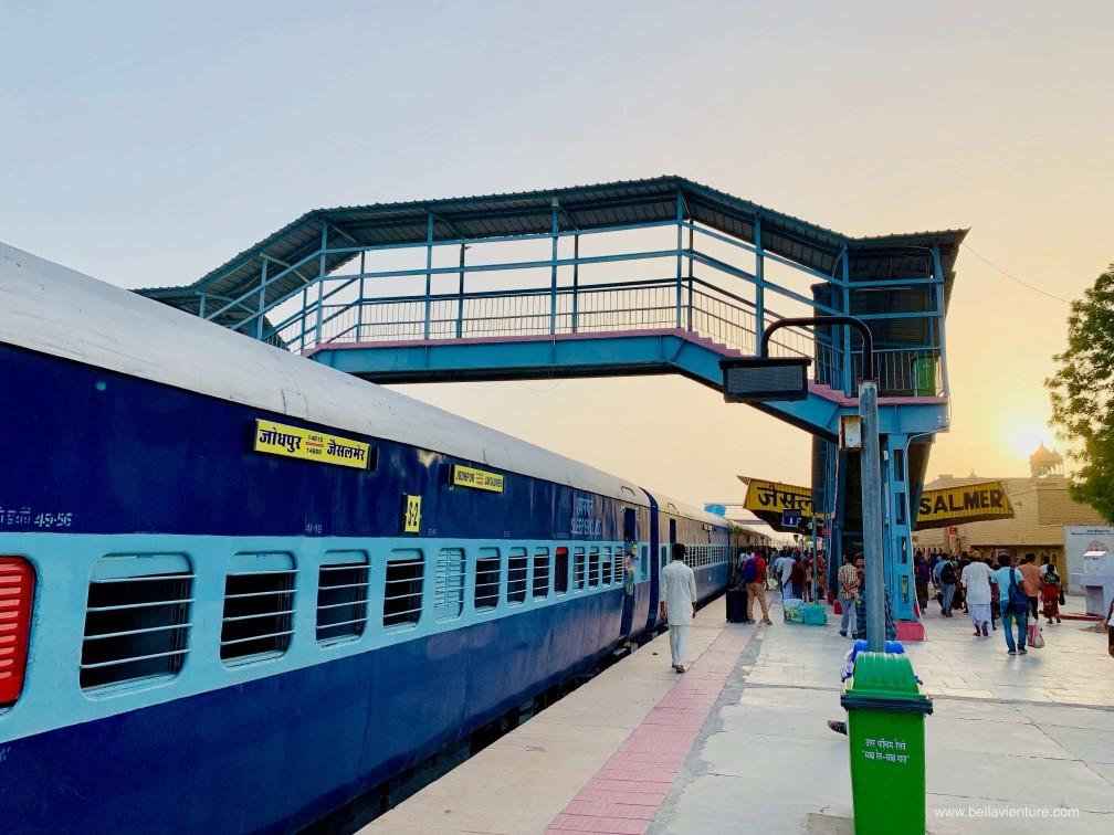 印度 india 賈莎梅爾Jaisalmer 金色城市golden city 火車 日出
