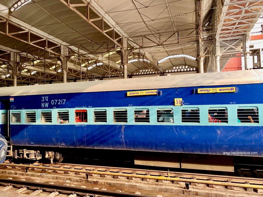 印度 India  阿格拉 Agra 泰姬瑪哈陵 Taj Mal 火車 Agra Fort station brothers