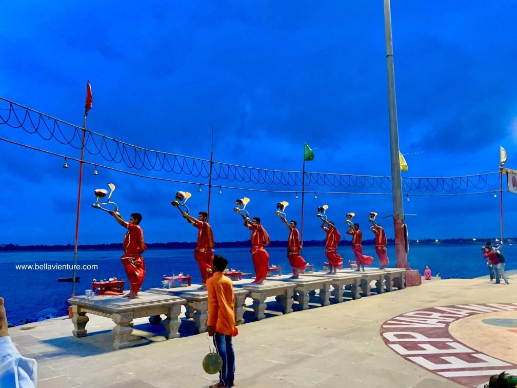 印度 India 瓦拉納西 Varanasi 恆河 Ganga 普迦儀式 晨祭 Aarti Puja