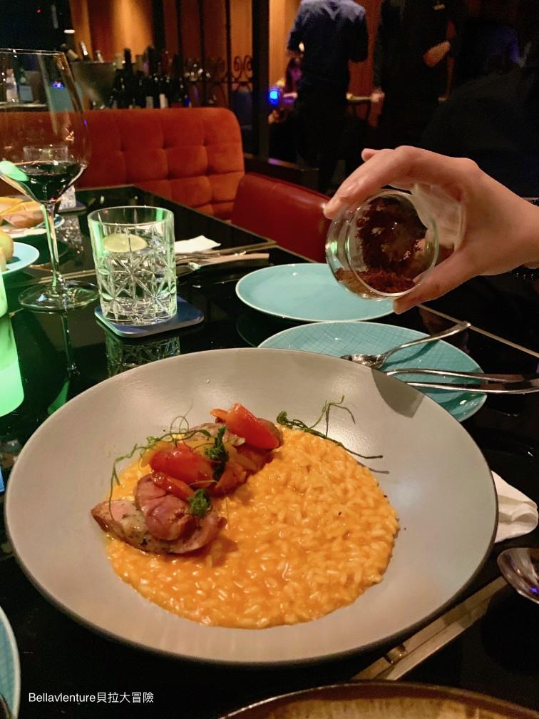 燉飯/ BBQ 豬肉絲 Risotto/ Dried BBQ Pork. 萬豪酒店