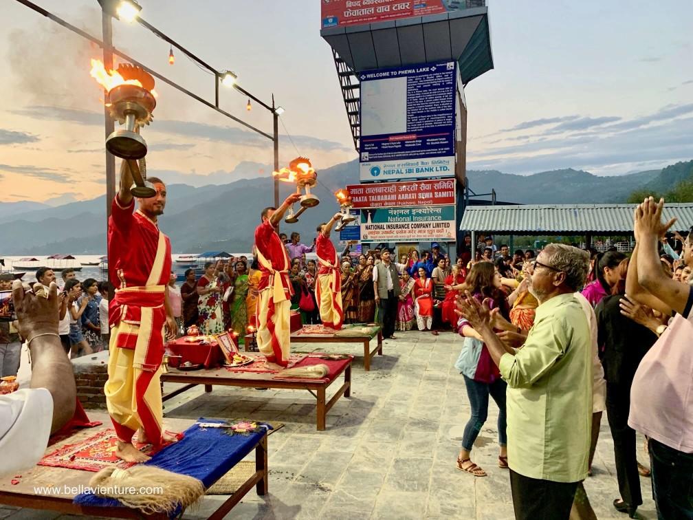 尼泊爾 波卡拉 Nepal Pokhara 民宿 Phewa lake Aarti 夜祭