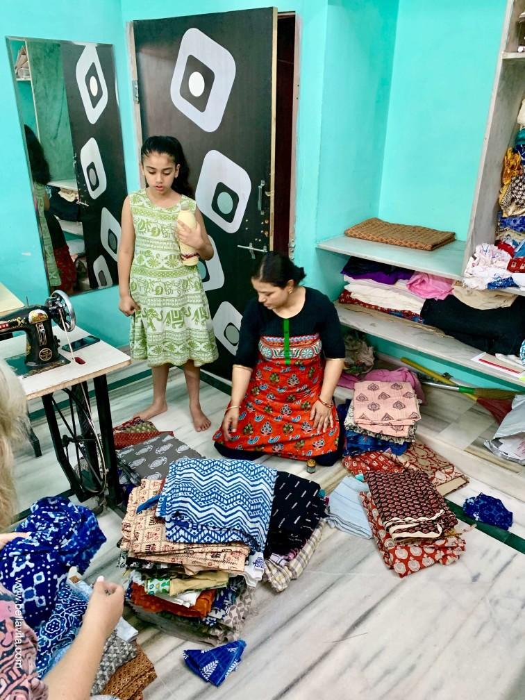 印度 india 齋浦爾 jaipur  saksham NGO 裁縫 手染布
