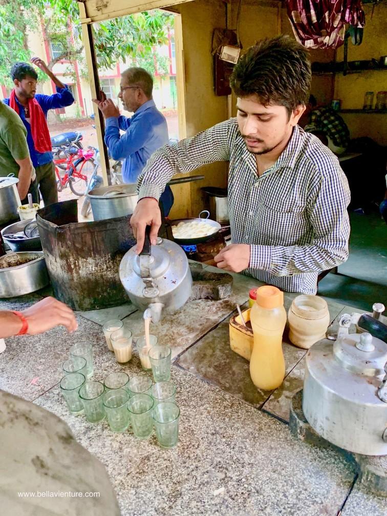 印度india  瓦拉納西varanasi 瓦拉納西印度大學Baranas Hindu University(BHU) samosa chai