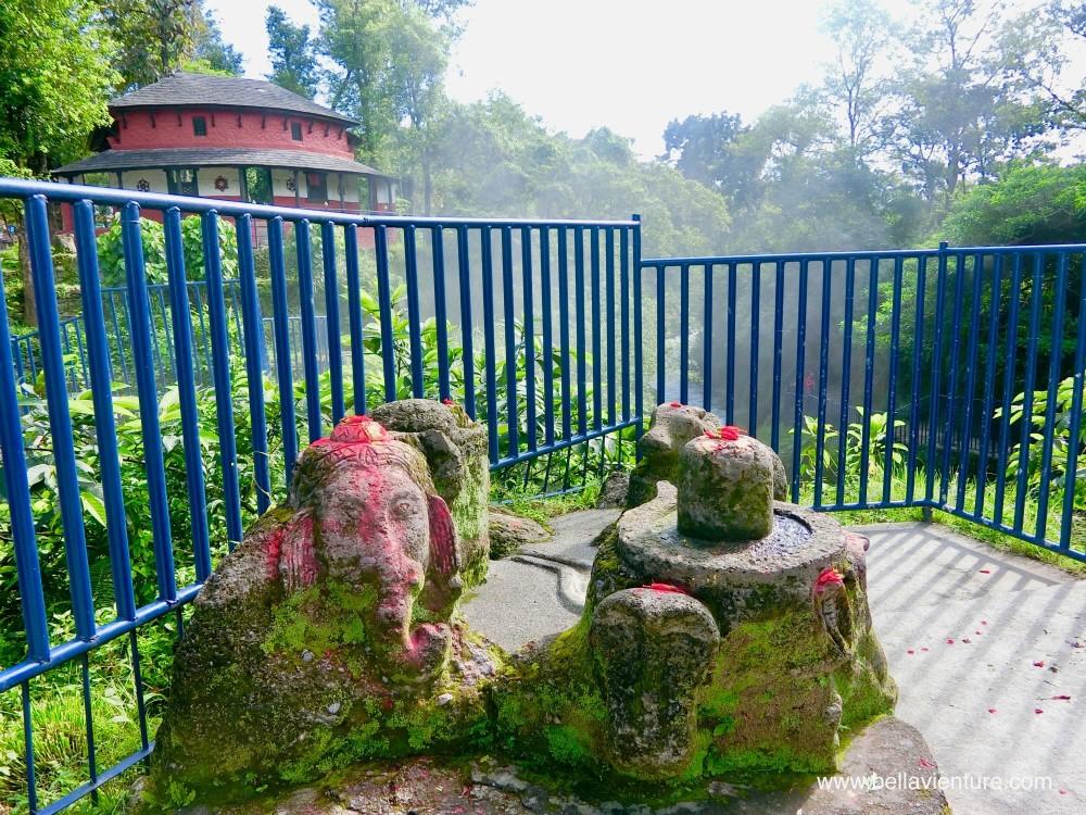尼泊爾 nepal  妙法寺 和平塔 波卡拉 pokhara 戴維斯瀑布 davi's fall