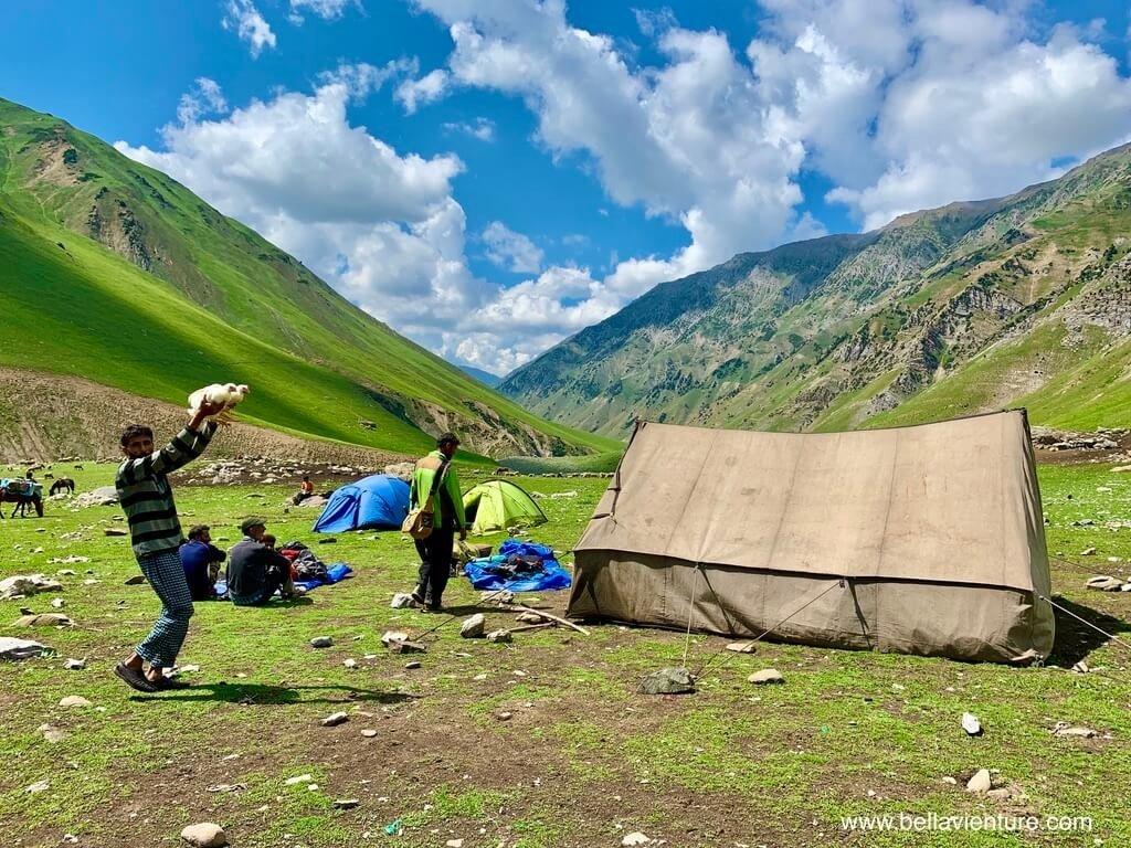 印度India 北北印 North India 喀什米爾 Kashmir 大湖健行 trekking 帳篷 雞