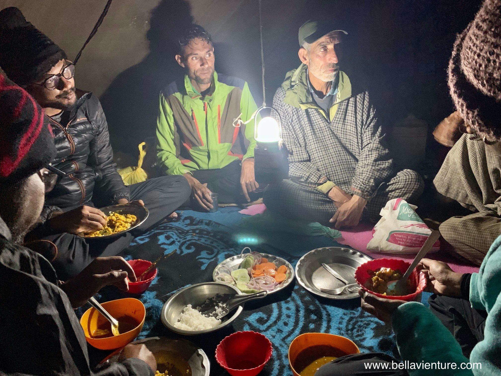 印度 India 北北印 North India 喀什米爾  Kashmir 八天七夜 健行 Nichnai Valley 晚餐亂聊大會