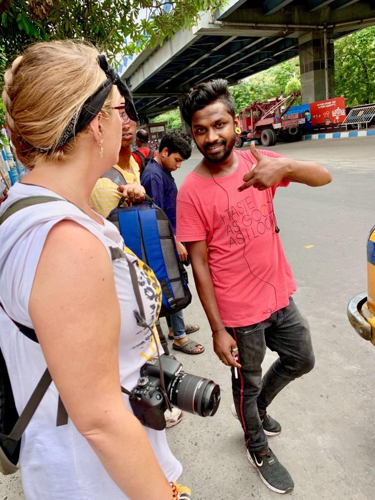 印度 加爾各答 印度小哥 巴士