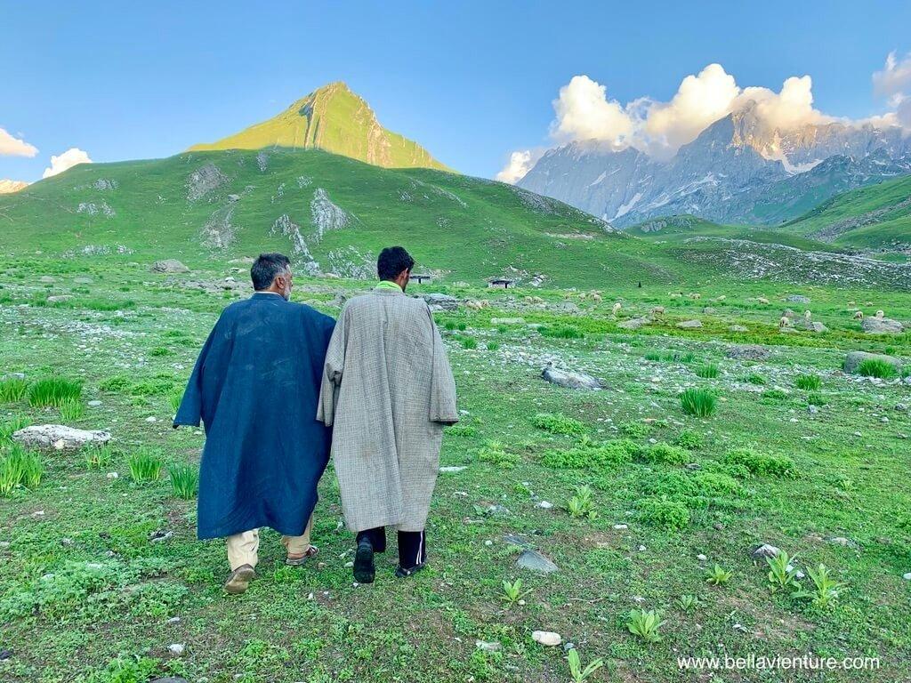 印度India 北北印 North India 喀什米爾 Kashmir 大湖健行 trekking 牧羊人拜訪