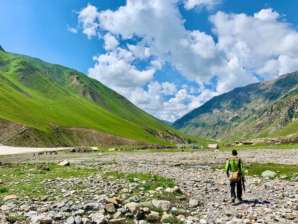 印度India 北北印 North India 喀什米爾 Kashmir 大湖健行 trekking 河谷 搭帳處