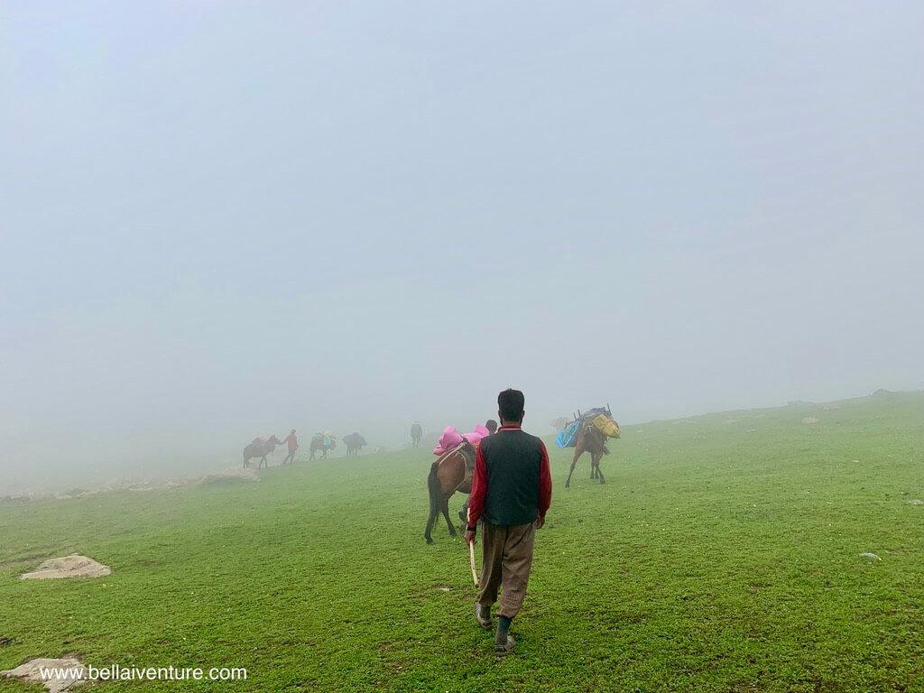 印度 India 北北印  North India 喀什米爾 Kashmir 大湖健行 trekking Kashmir Great Lakes Trek 大霧