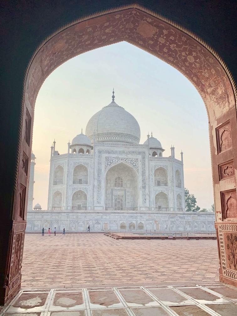 印度india  阿格拉 Agra 泰姬瑪哈陵 Taj Mahal 日出 祈禱