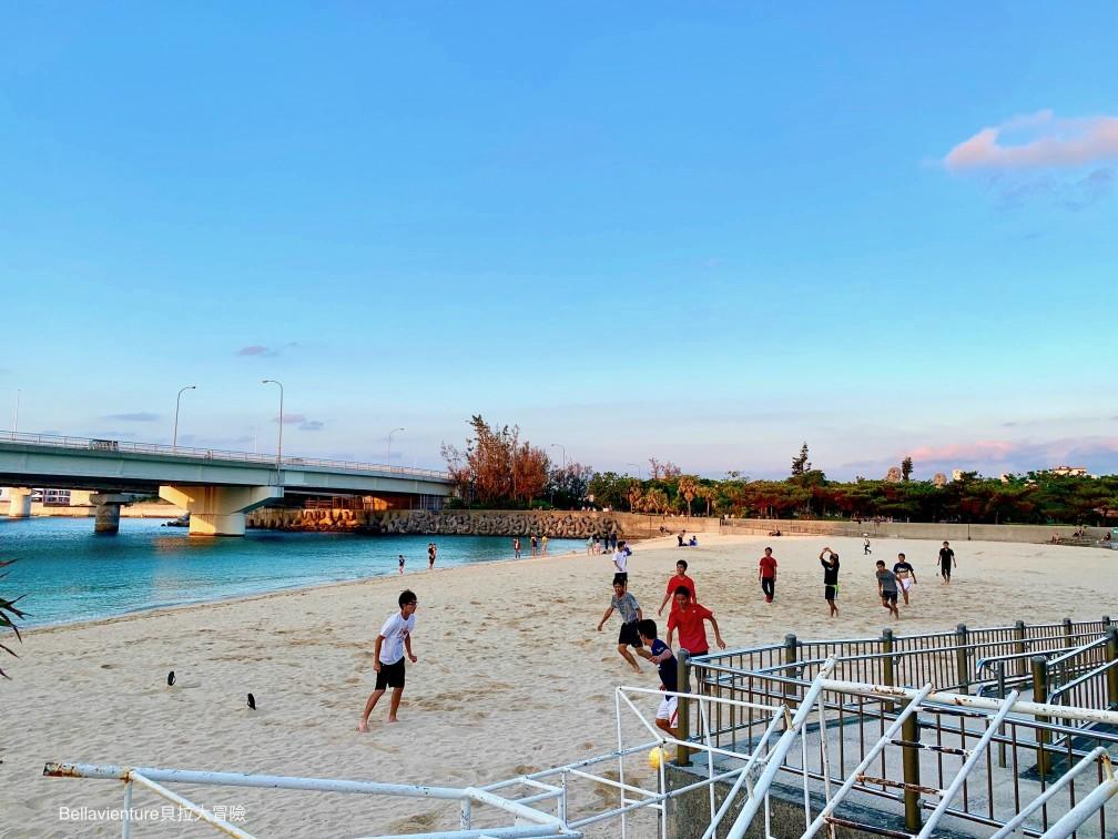 沖繩.夕陽.沙灘排球