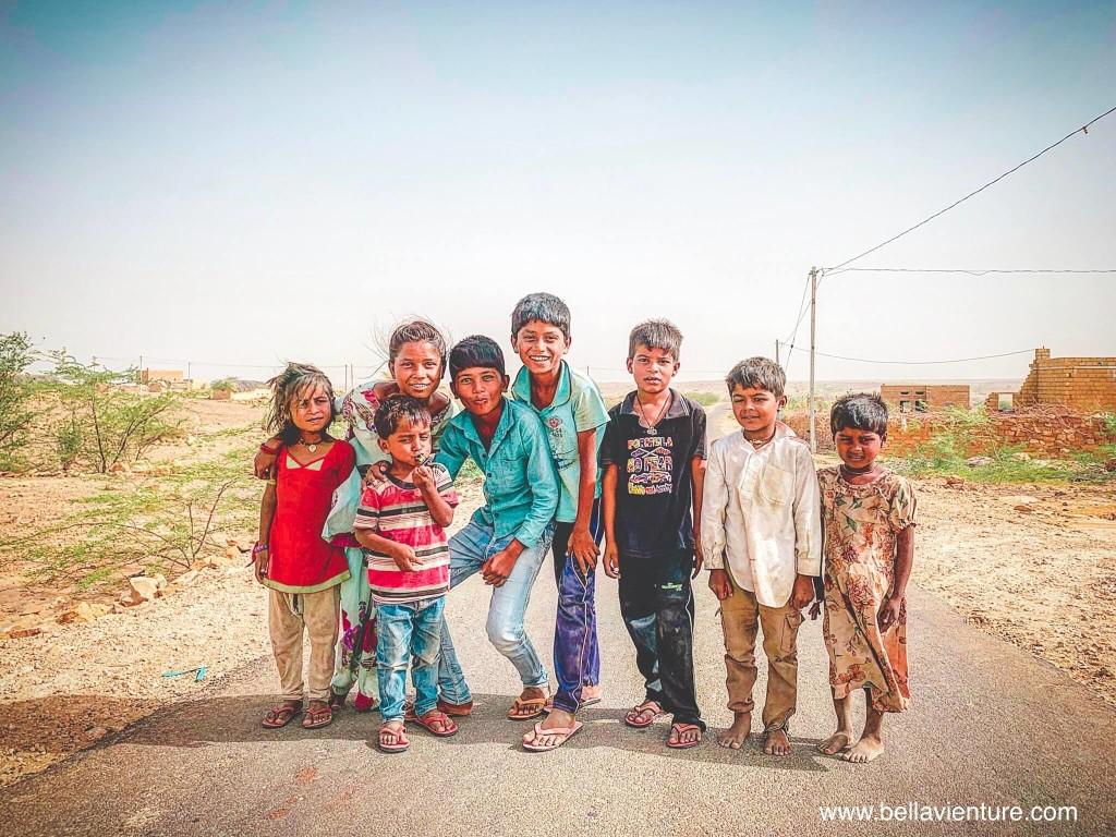 【印度】21天秒決定到印度兩個月!賈莎梅爾(二) Day24 吃了好多沙的兩天一夜沙漠行與嘴巴無敵臭的駱駝!