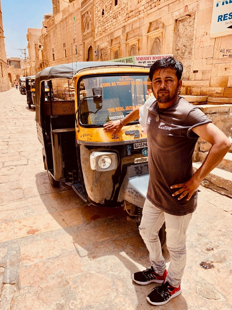 印度 india 賈莎梅爾Jaisalmer 金色城市golden city 城堡 fort 嘟嘟車司機 tuktuk