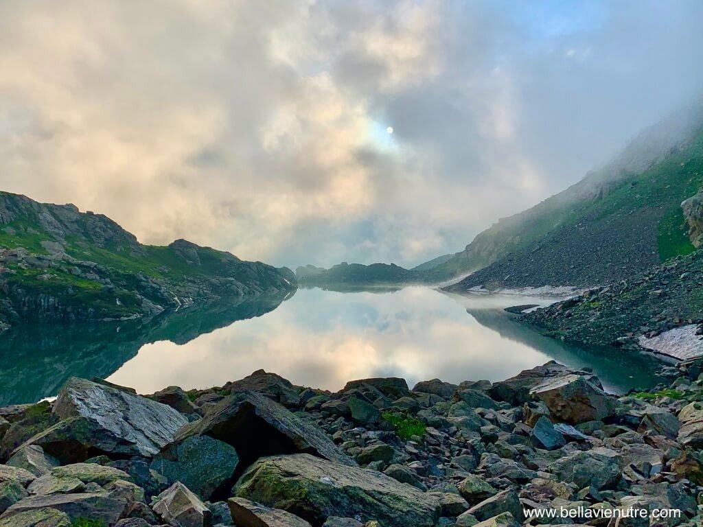 印度 India 北北印  North India 喀什米爾 Kashmir 大湖健行 trekking Kashmir Great Lakes Trek 夕陽下的聖湖