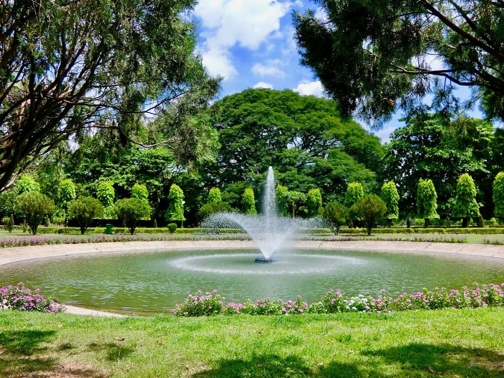 印度 加爾各答 維多利亞紀念堂 花園 庭院