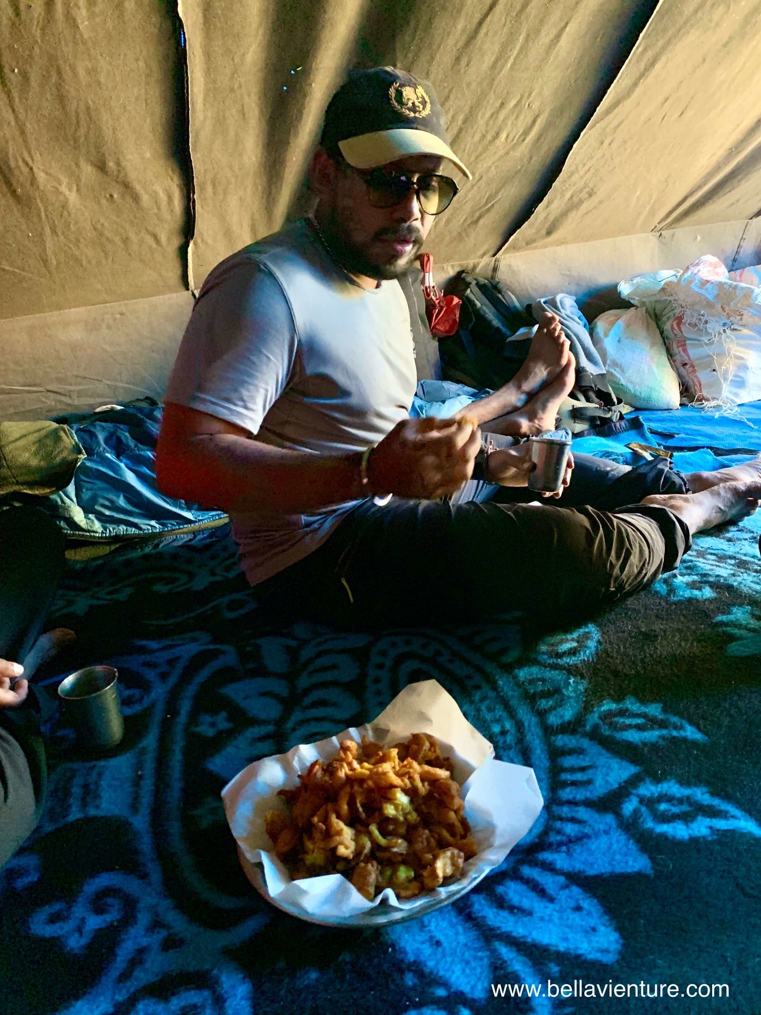 印度 India 北北印 North India 喀什米爾  Kashmir 八天七夜 健行 印度團員與炸蔬菜
