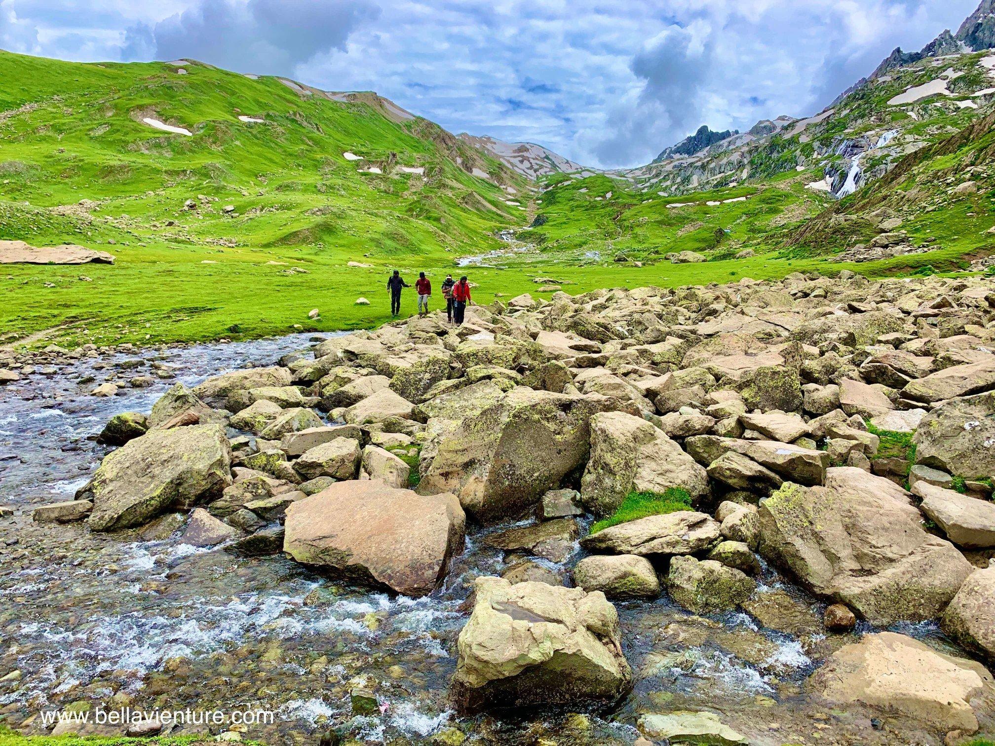 印度 India 北北印 North India 喀什米爾  Kashmir 八天七夜 健行 渡河 大岩石
