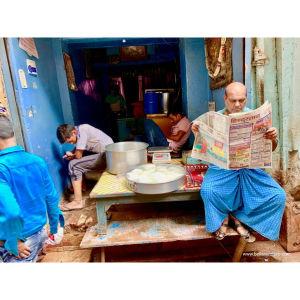 【印度】21天秒決定到印度兩個月!瓦拉納西(二)Day16 恆河祭典.牛奶鮮花街.紗麗採買.超便宜手部彩繪Hanna!