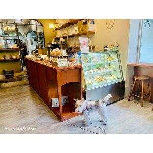 【食記】日本夢幻甜點.棉花糖鳳梨酥夾心太好吃.超萌愛撒嬌剛毛獵狐梗草莓ちゃん!