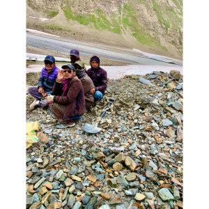 【印度】21天秒決定到印度兩個月!斯碧提山谷(三) Day37 冰河聖湖之月亮湖.騎了14.5小奔回馬納利了